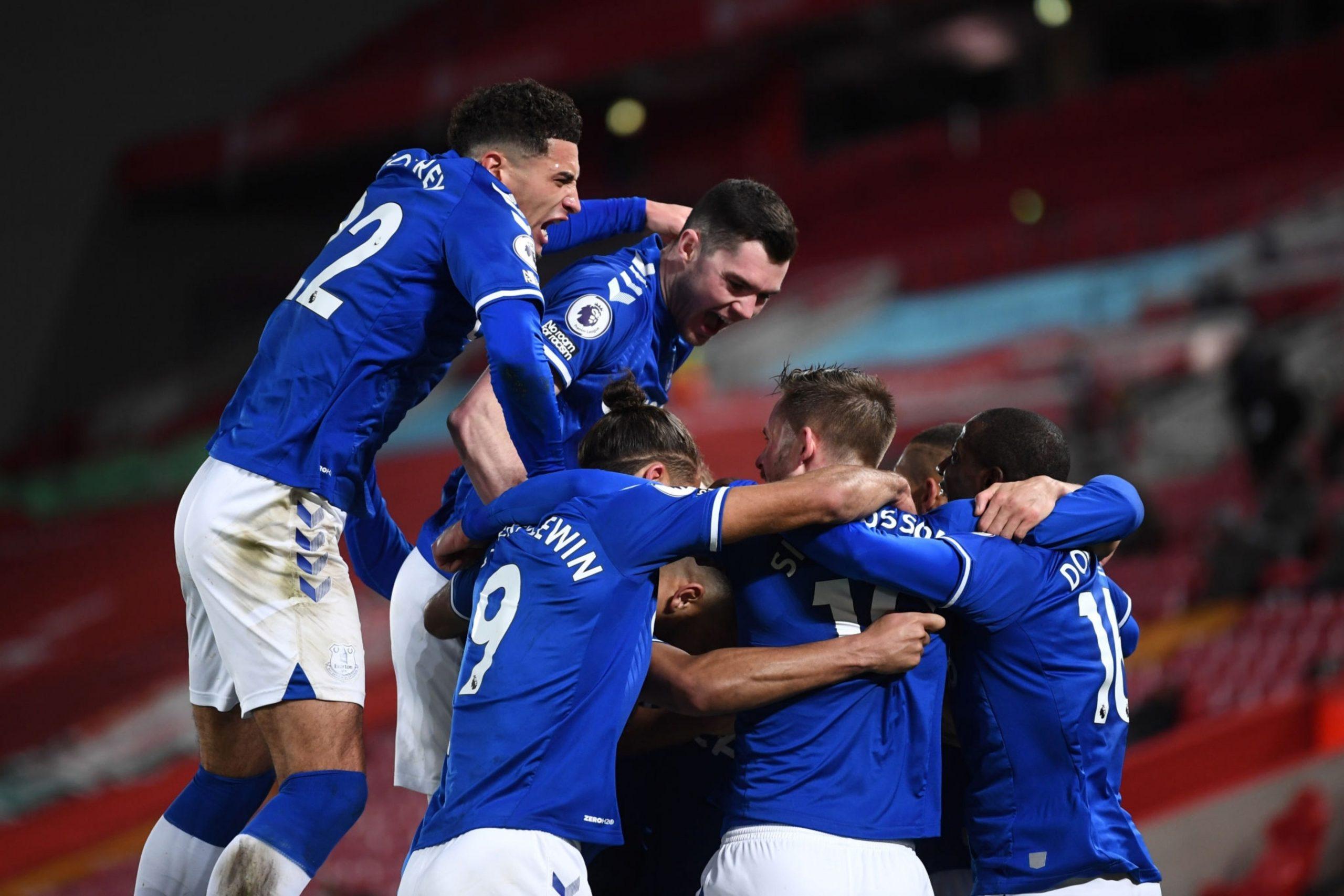 Everton acaba con 22 años sin ganar en Anfield