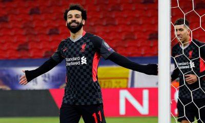Liverpool despierta a tiempo y tiene un pie en cuartos de final
