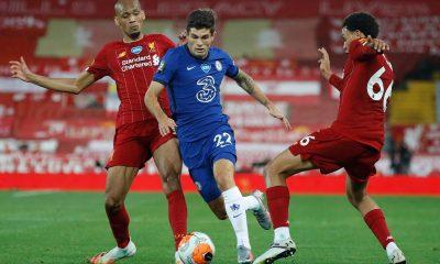 Liverpool y Chelsea luchan por un boleto a Champions