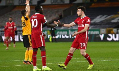 Liverpool vence a los Wolves con lo justo