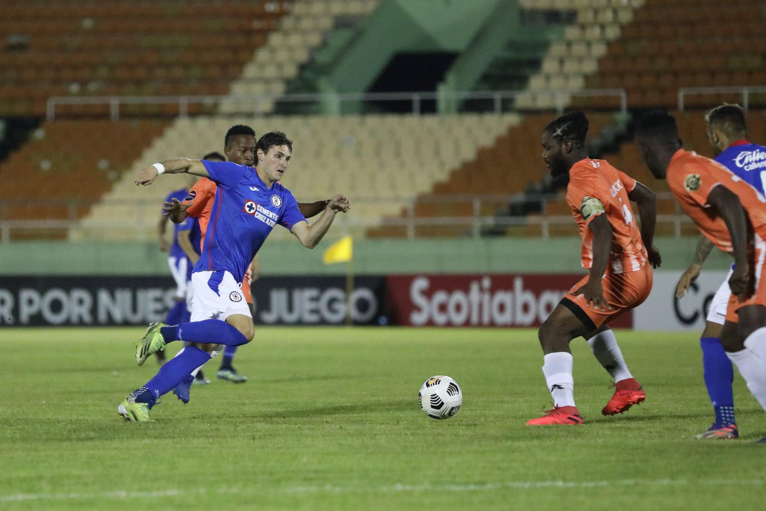 Cruz Azul debuta con un empate en la CONCACAF
