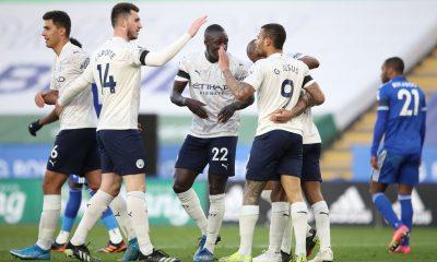 Manchester City da un paso más al título