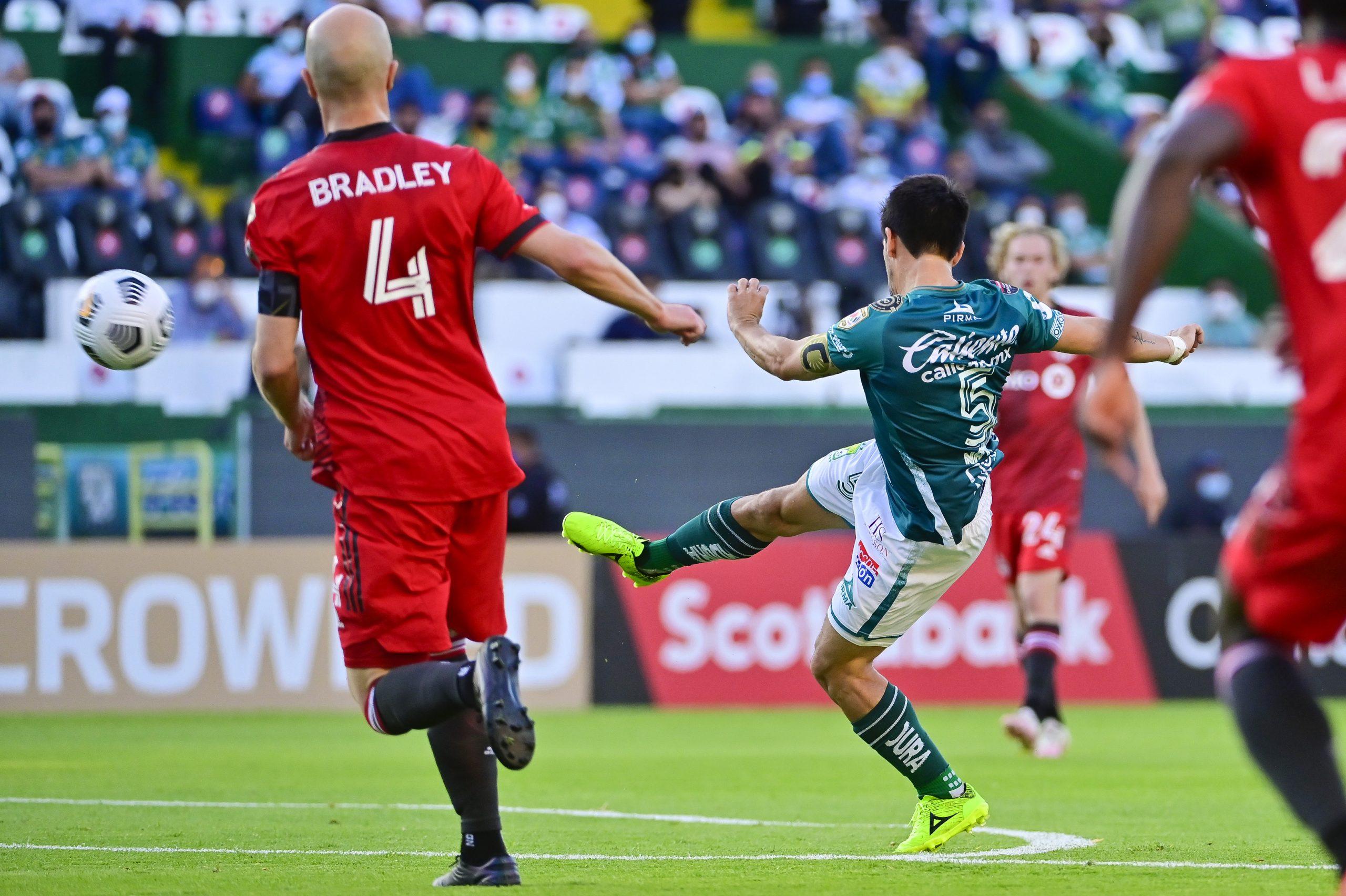 León merecía golear y empata con Toronto FC