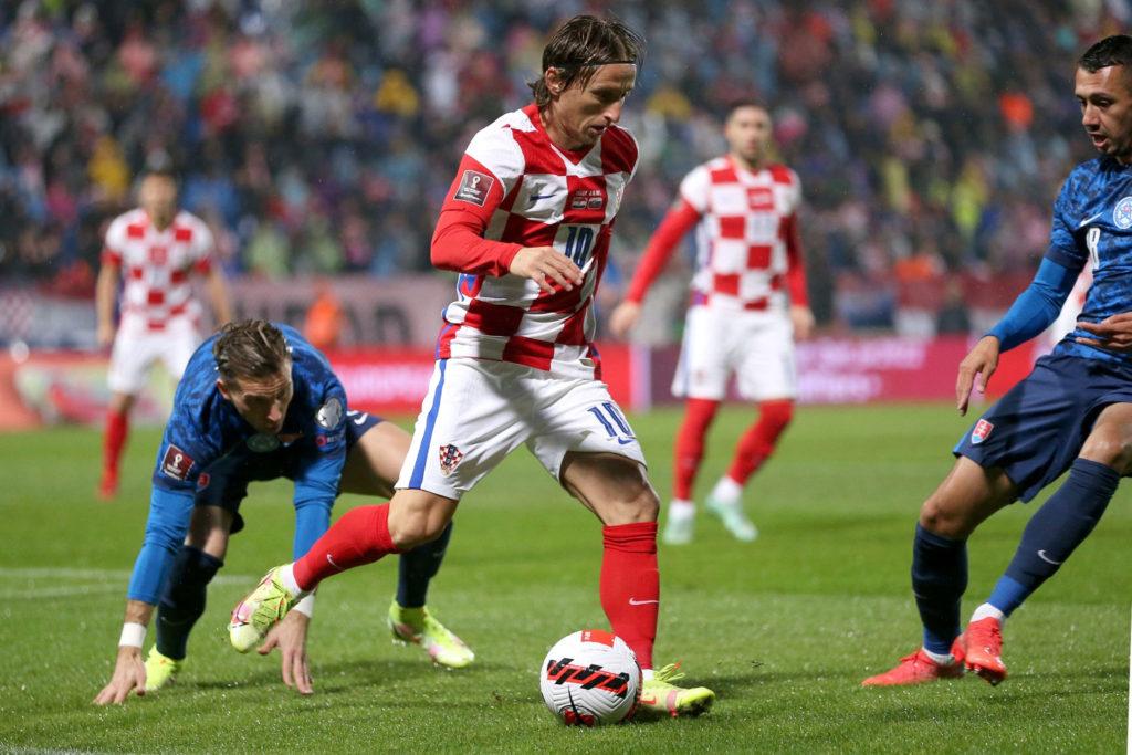 Modric evita la derrota de Croacia