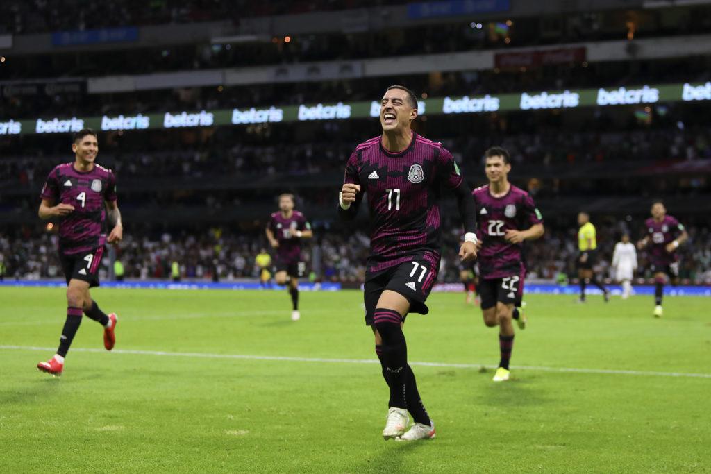 México sin dos jugadores para el duelo ante El Salvador